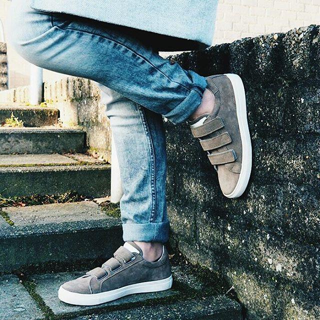 Sneakers Helemaal gek op deze awesome sneakers! Hoe was julliehellip
