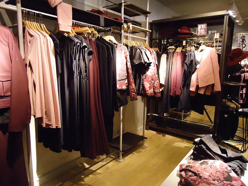 costes shopping night