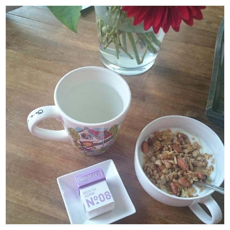 ontbijt granola thee