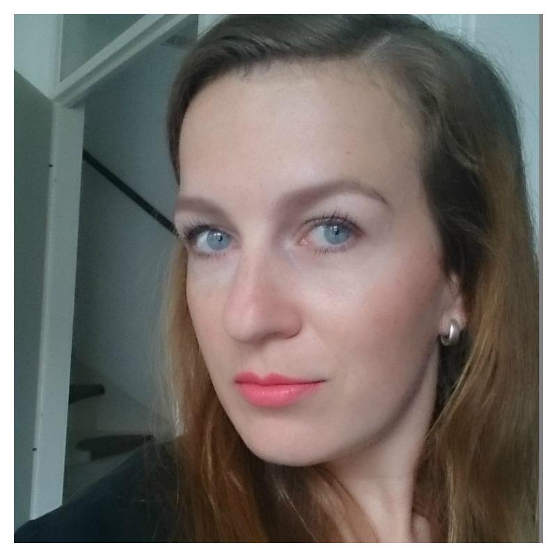 selfie lipstick