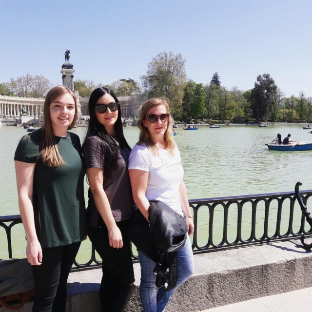 Girls trip to Madrid Throwback Saturday! Wat was het toenhellip