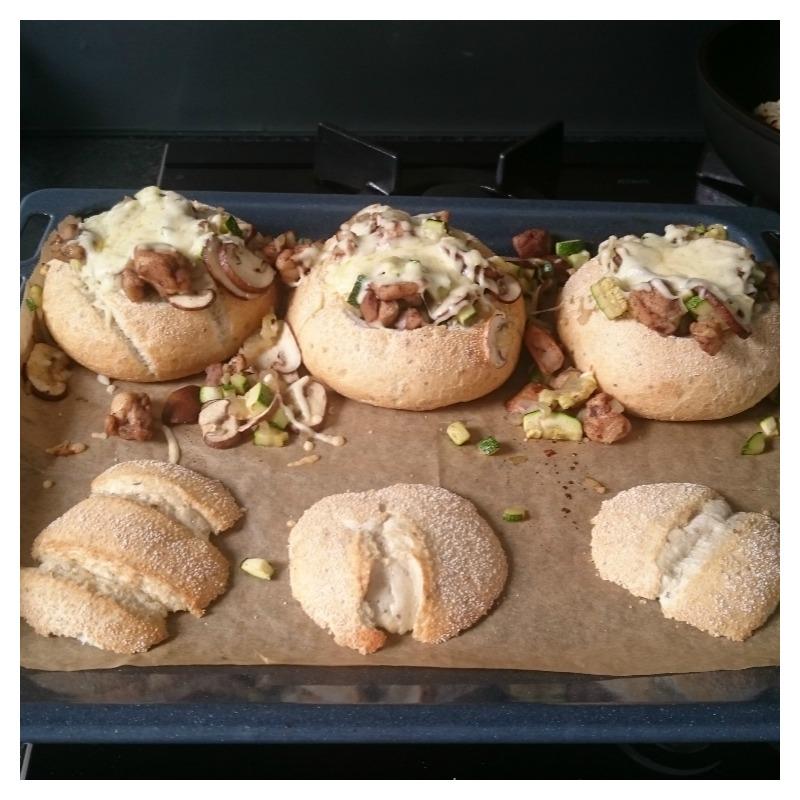 gevuld-broodje