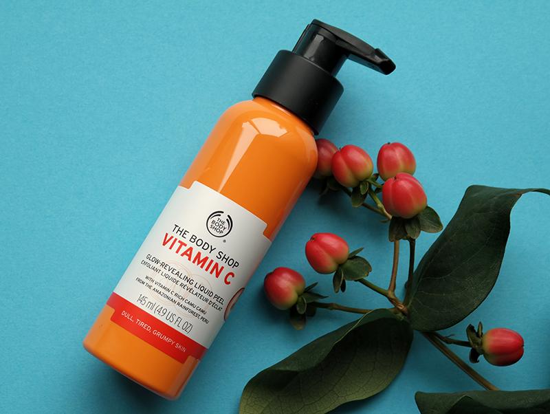 The Body Shop Vitamin C Glow Revealing Liquid Peel