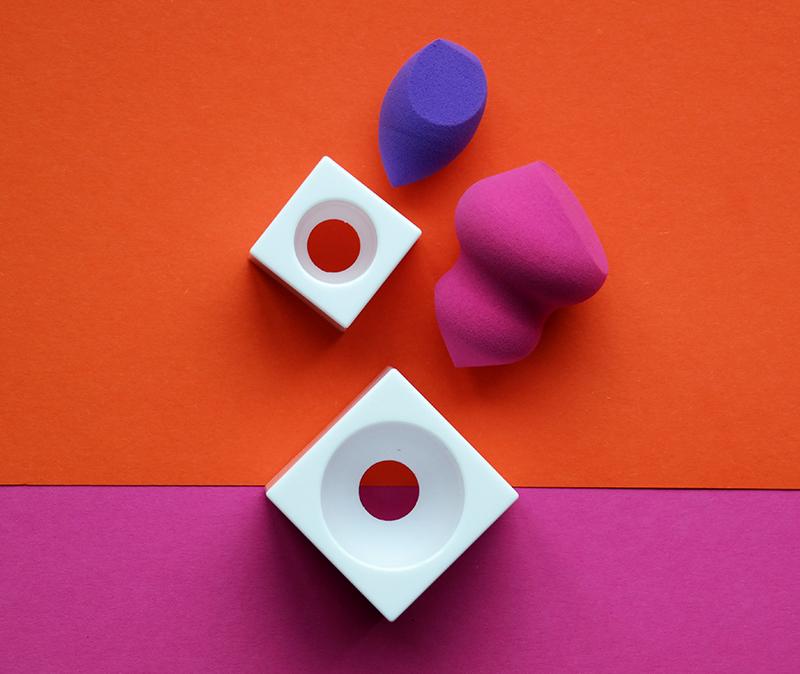 real techniques Mini Miracle Eraser Sponge en Sculpting Sponge