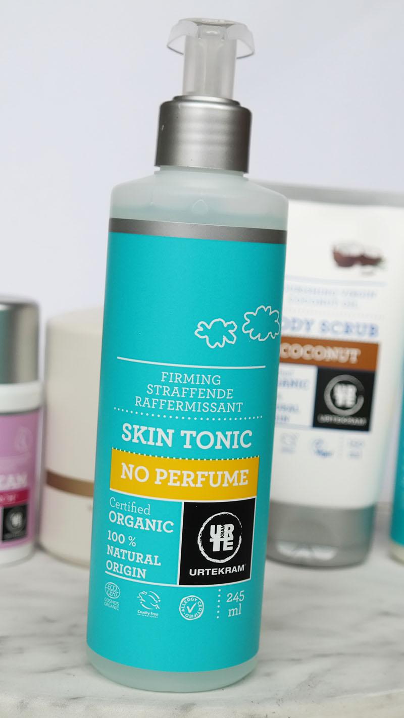 urtekram skin tonic