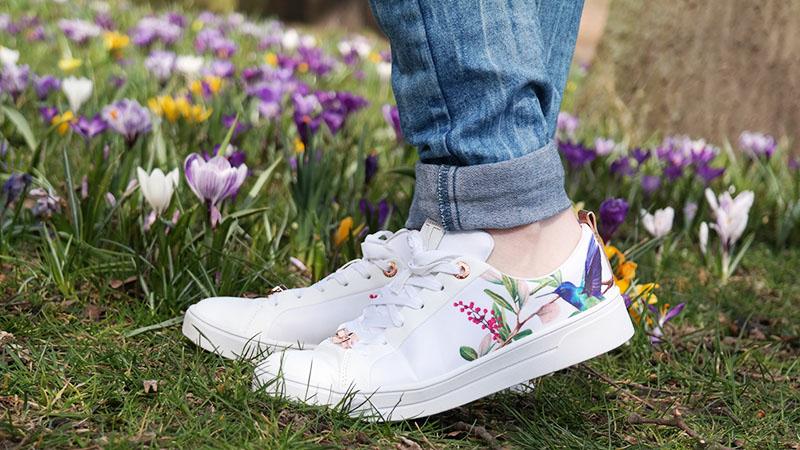Mijn nieuwe witte Ted Baker ahfira sneakers