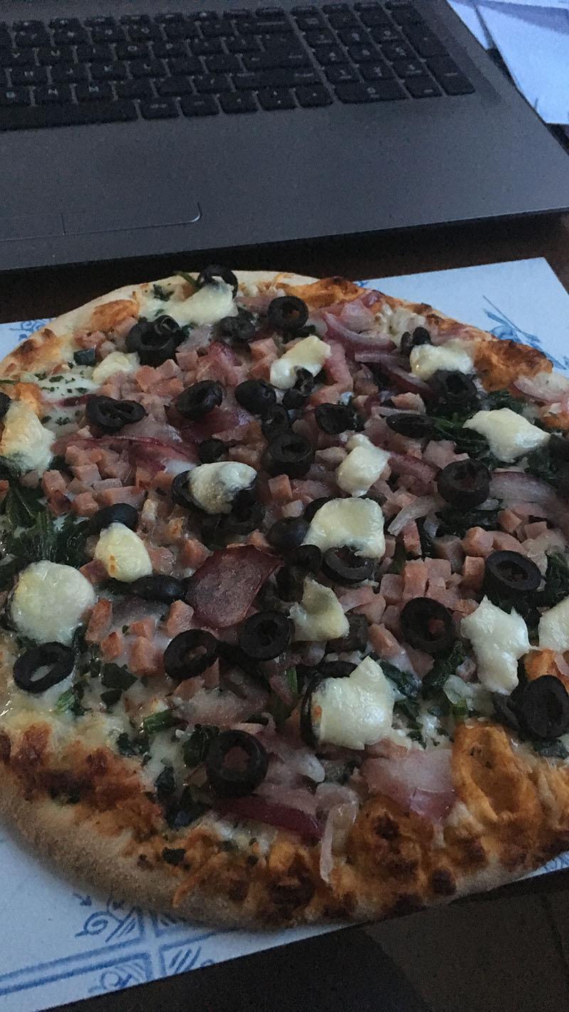 ah pizza