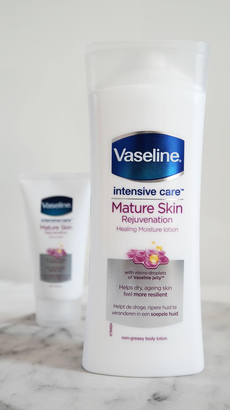 Vaseline Mature Skin Intensive Care bodylotion