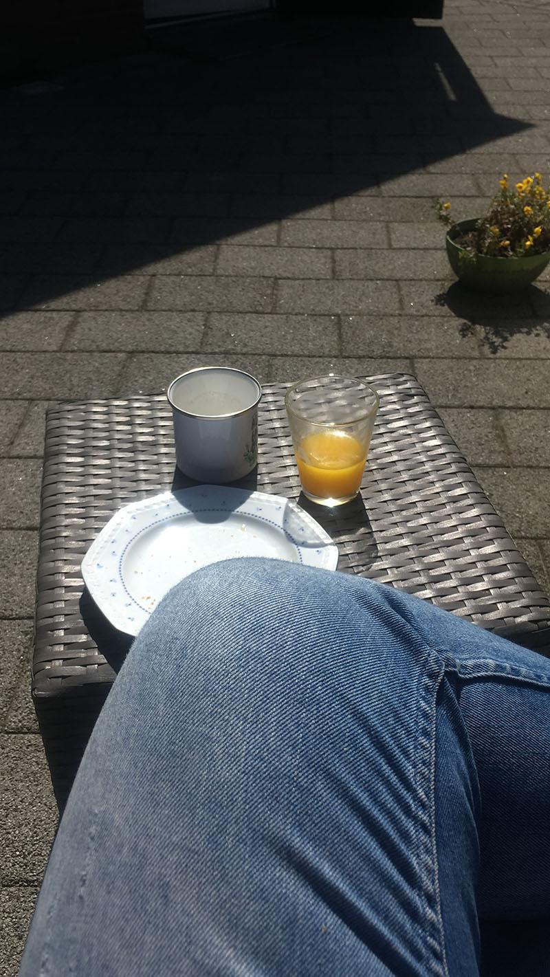 ontbijt in de zon