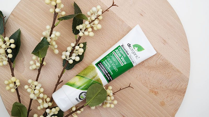 dr. organic aloe vera creamy face wash