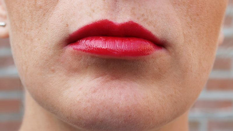 The Body Shop Colour Crush Lipstick 310 canberra tulip
