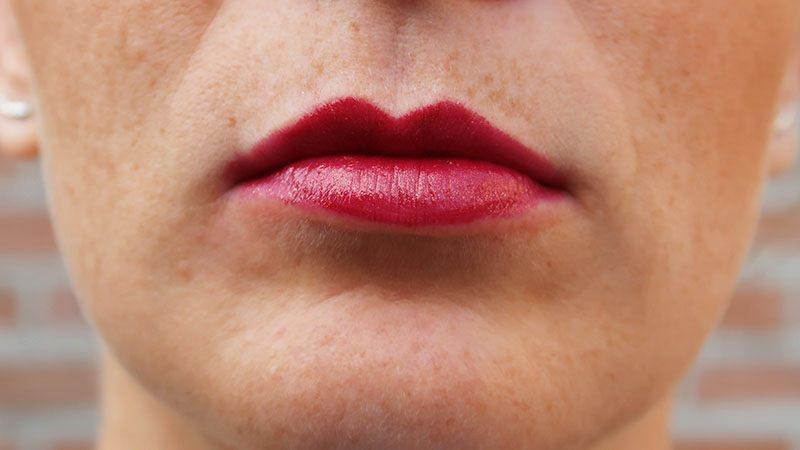 The Body Shop Colour Crush Lipstick 801 flaming horizon
