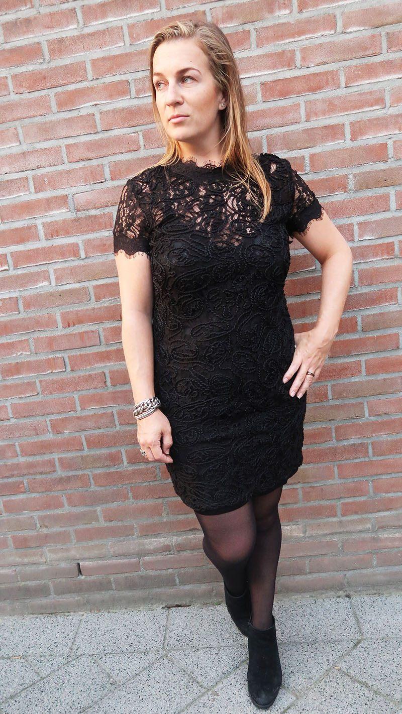 shoplog shoppen bij zara zwarte kanten jurk