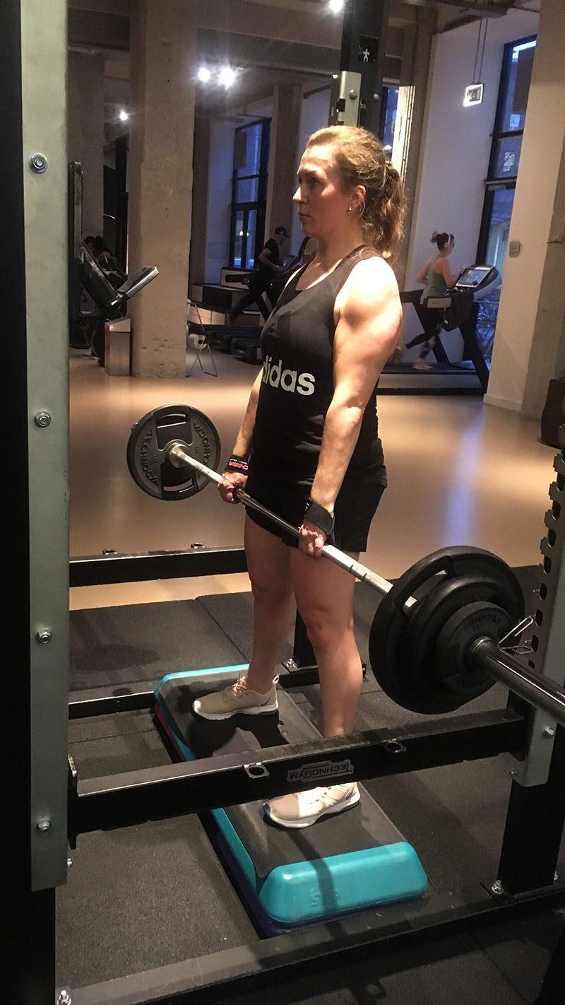 nieuwe sportoutfit dames sportkleding fitnessen