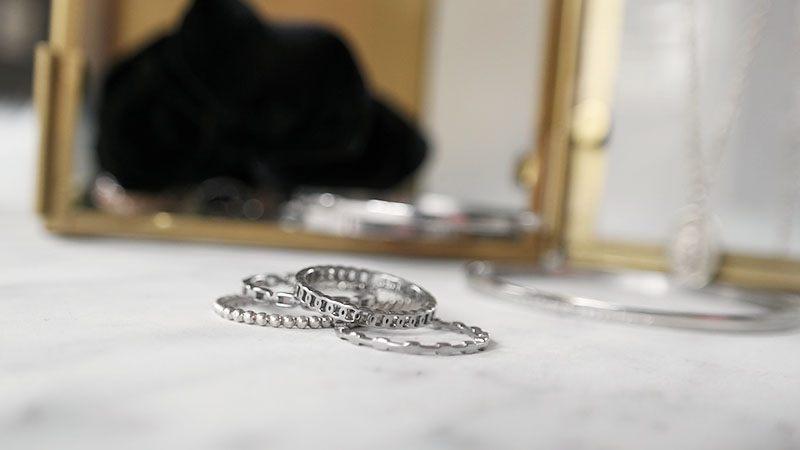 zilveren sieraden ringen armband