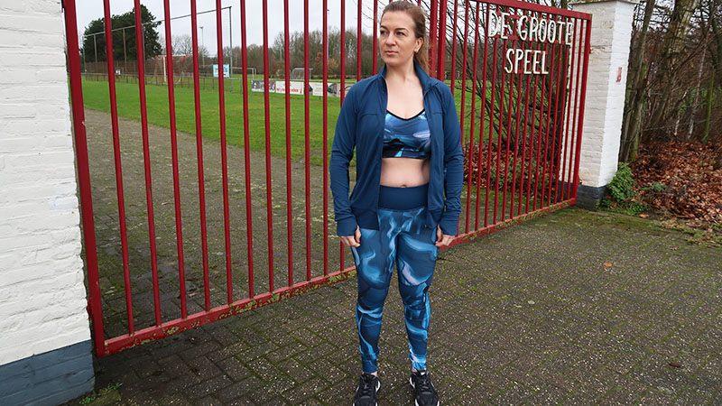 blauwe sportkleding