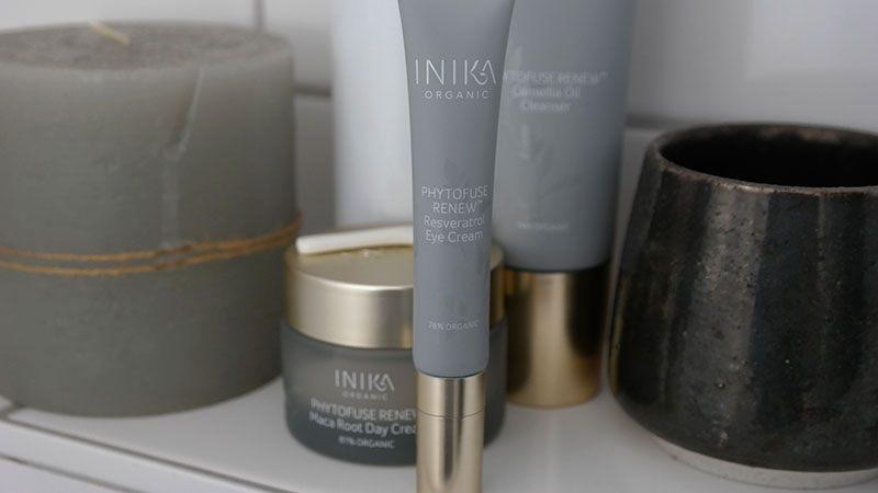INIKA eye cream applicator