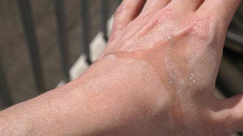hawaiian tropic tanning oil review